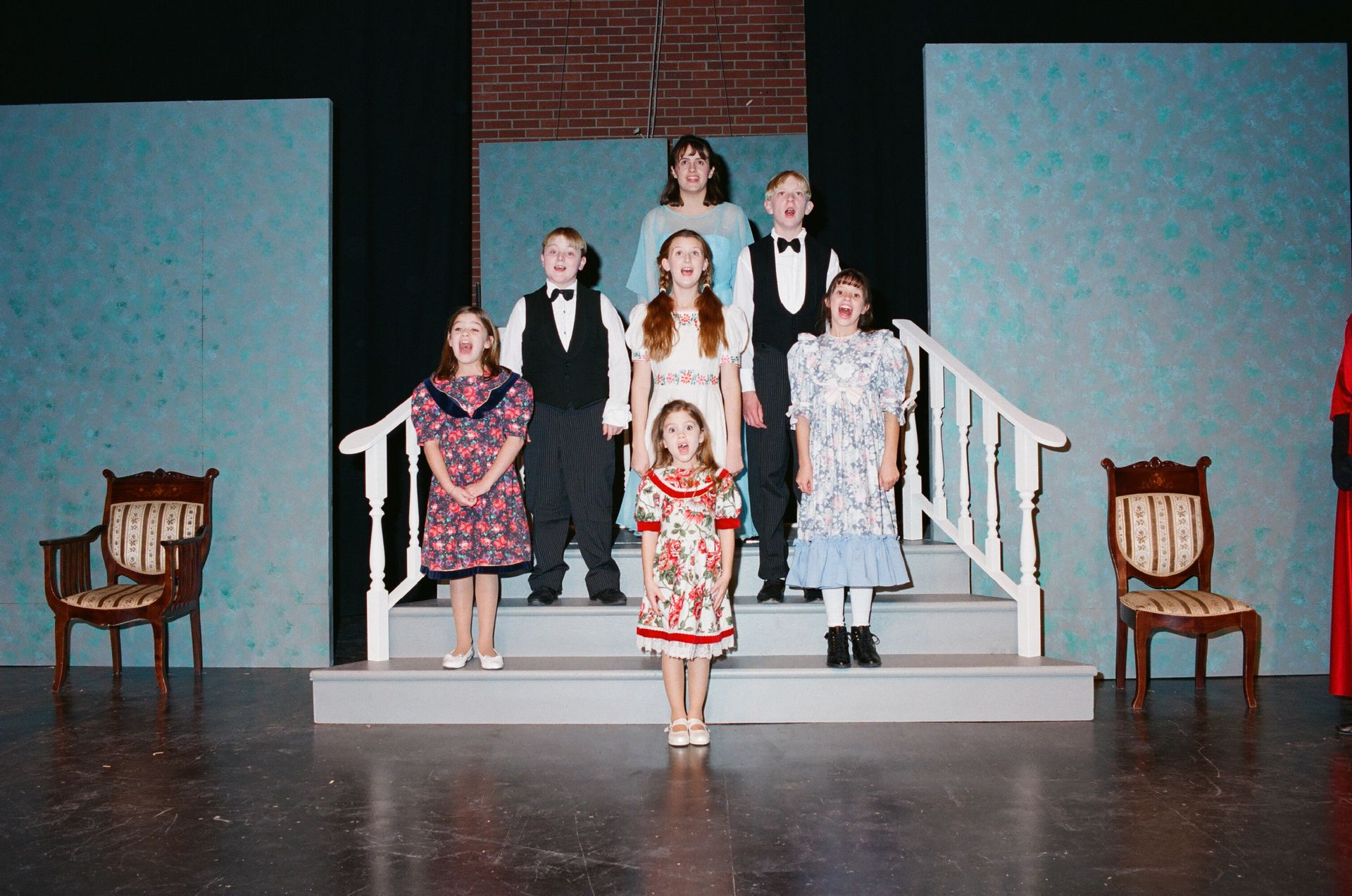 Kari Rostad, Taylor Dean, Tanya Willott, Stefanie Barnfather, Jessica Cantwell, Matthew Kerr and Julia Maxwell in The Sound of Music