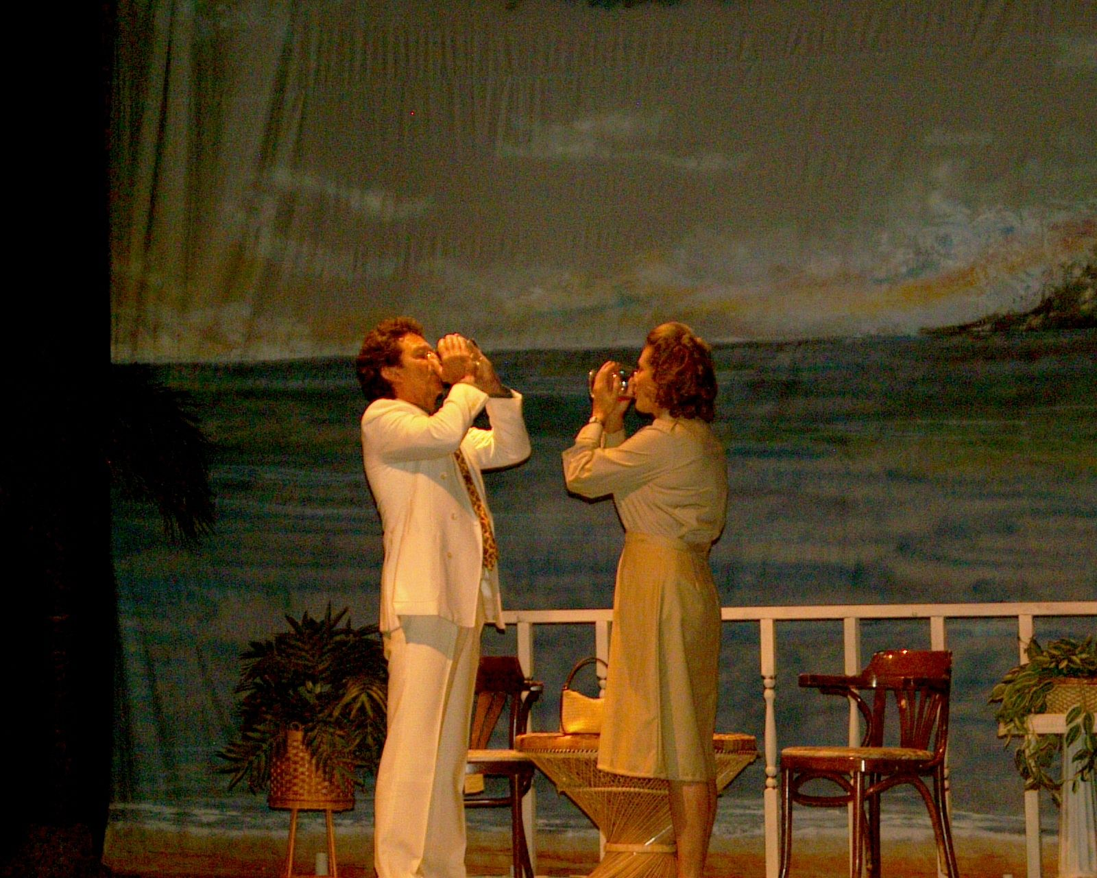 Judy Dunsmuir and Richard Heyman in South Pacific