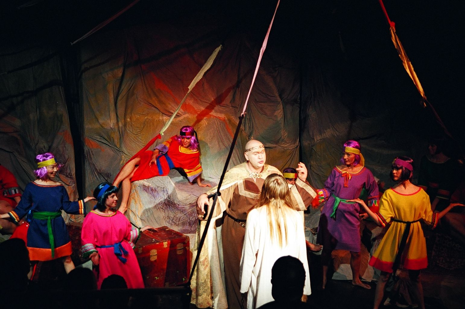 Esther Huang, Stephanie Norn, Megan Lenz, Clyde Kelly, Darren Stewart and Sherry West in Jesus Christ Superstar