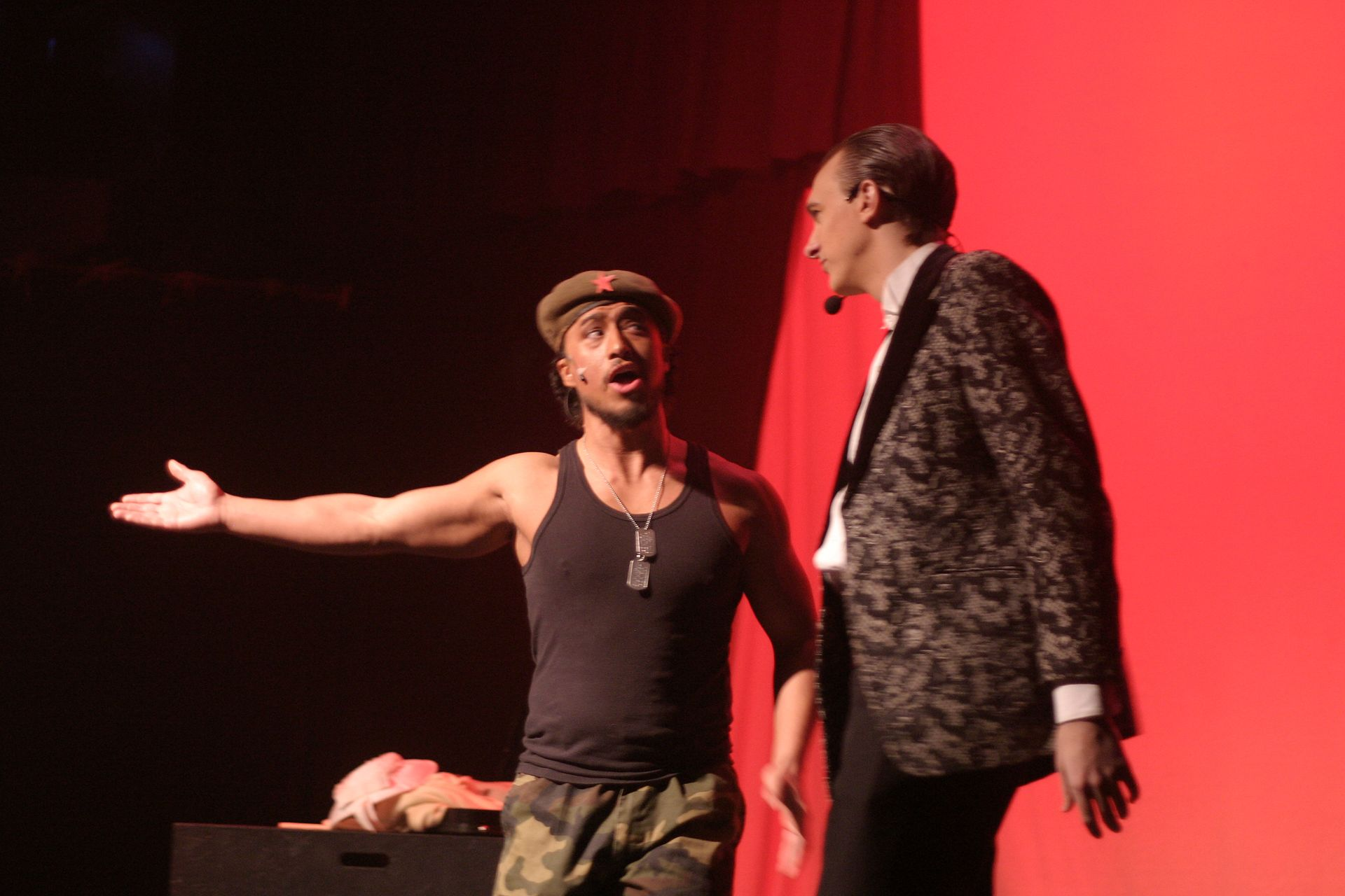 Levon Yon and Chris Willott in Evita