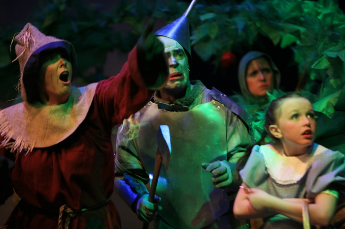 Heather Oystryk, Mike Johnson and Natalie Mack in Wizard of Oz