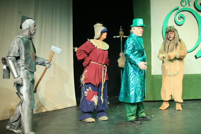 Mike Johnson, Heather Oystryk, Gary Silberg and Carl Bishop in Wizard of Oz