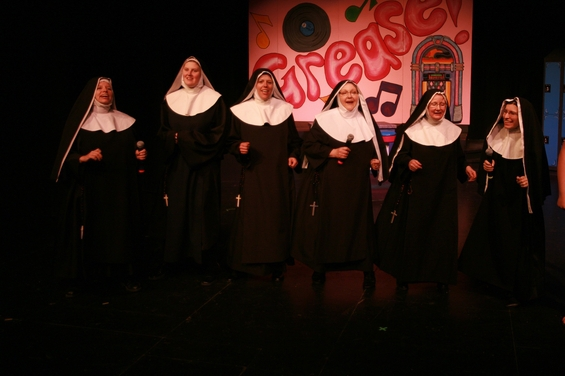 Terri Thompson, Alex Lyall, Lisette Allan, Mavis Clark, Julie Bradley and Dorie Wrightson in Nunsense the Mega Musical