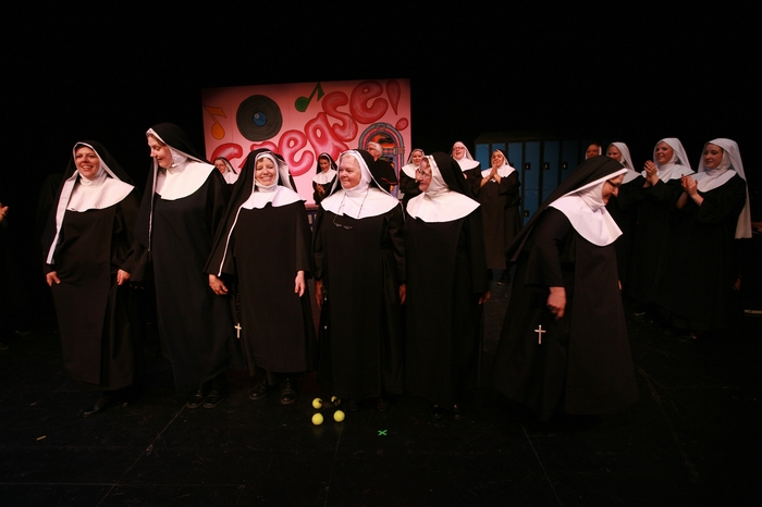 Lisette Allan, Alex Lyall, Terri Thompson, Mary Rooney, Julie Bradley and Mavis Clark in Nunsense the Mega Musical