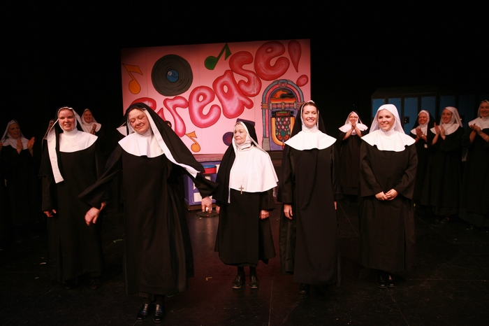 Krista Willott, Donna Barnfield, Marnie Patrick-Roberts, Barb Mitchell and Natalie Manz in Nunsense the Mega Musical