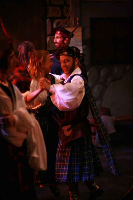 Ginette Simonot and Jason Goethals in Brigadoon