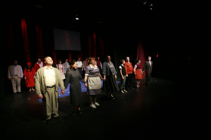 Murray Melnychuk, Jennifer Dueck, Jill Howell-Fellows, Diana Venzi, Ethan Taylor, Roy Styan, Tracy Smith and Todd Pearson in Assassins