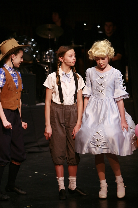 Grace Fedorchuk, Nicole Furlan and Eden Nielson in Gypsy