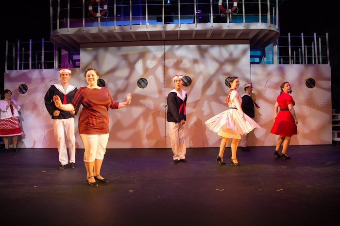 Cody Field, Thompson Harper, Matthew McDonald, Mikee Ames, Vicki Trask and Jenna Fraser in Anything Goes